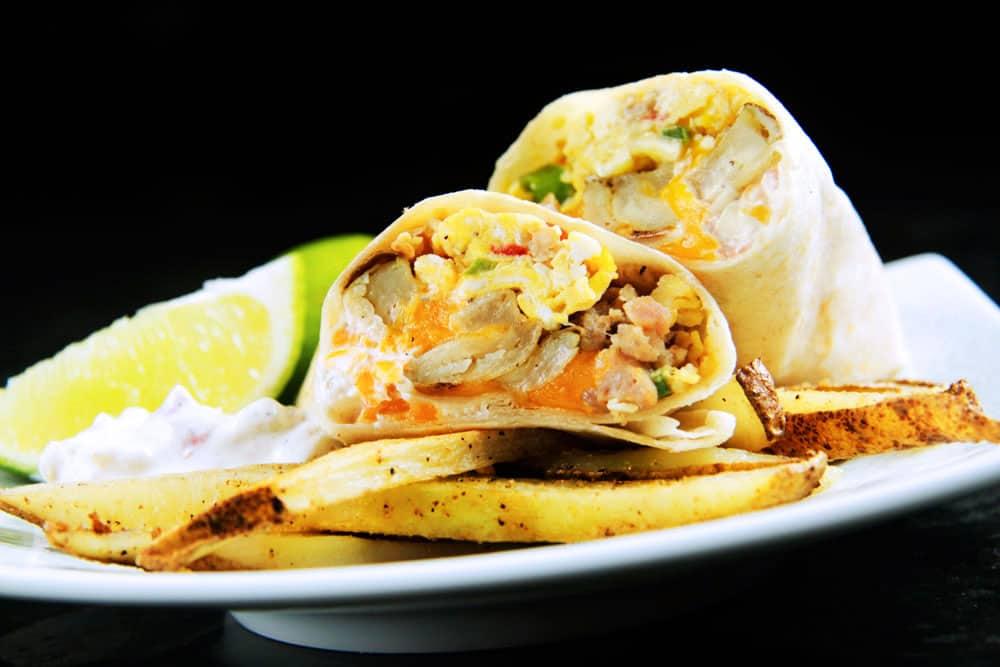 California-Breakfast-Burrito-with-Creamy-Salsa-(06)