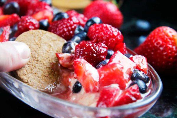 Berry Cheesecake Dip