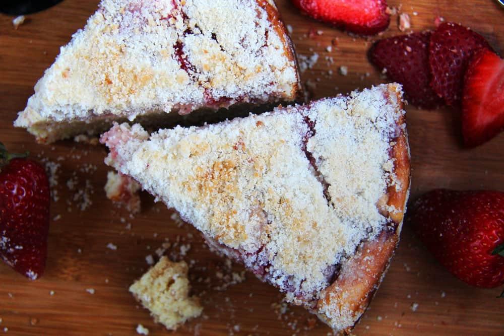 Strawberrry-Cream-Cheese-Coffe-Cake--4