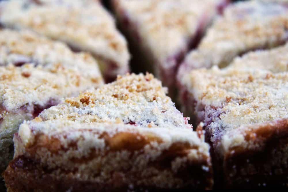 Strawberrry-Cream-Cheese-Coffe-Cake--9
