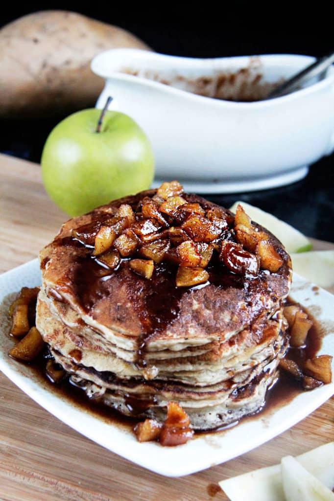 Sweet-Potato-Oatmeal-Pancakes-02-0