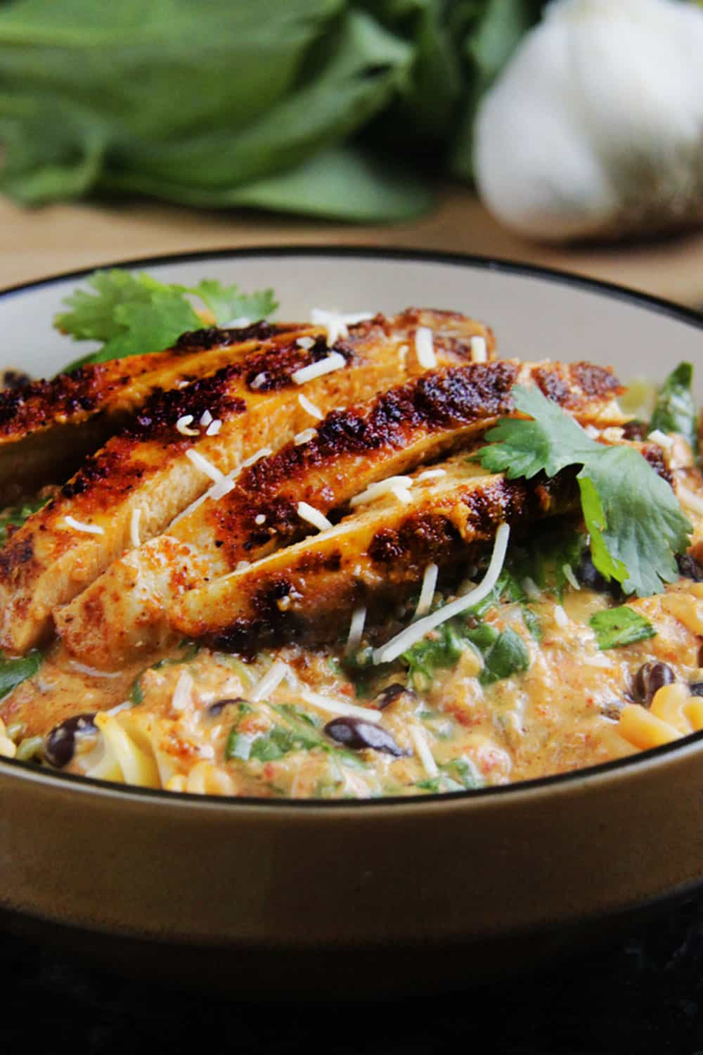 TexMex-Creamy-Roasted-Red-Pepper-Pasta-with-Blackened-Chipotle-Chicken-004