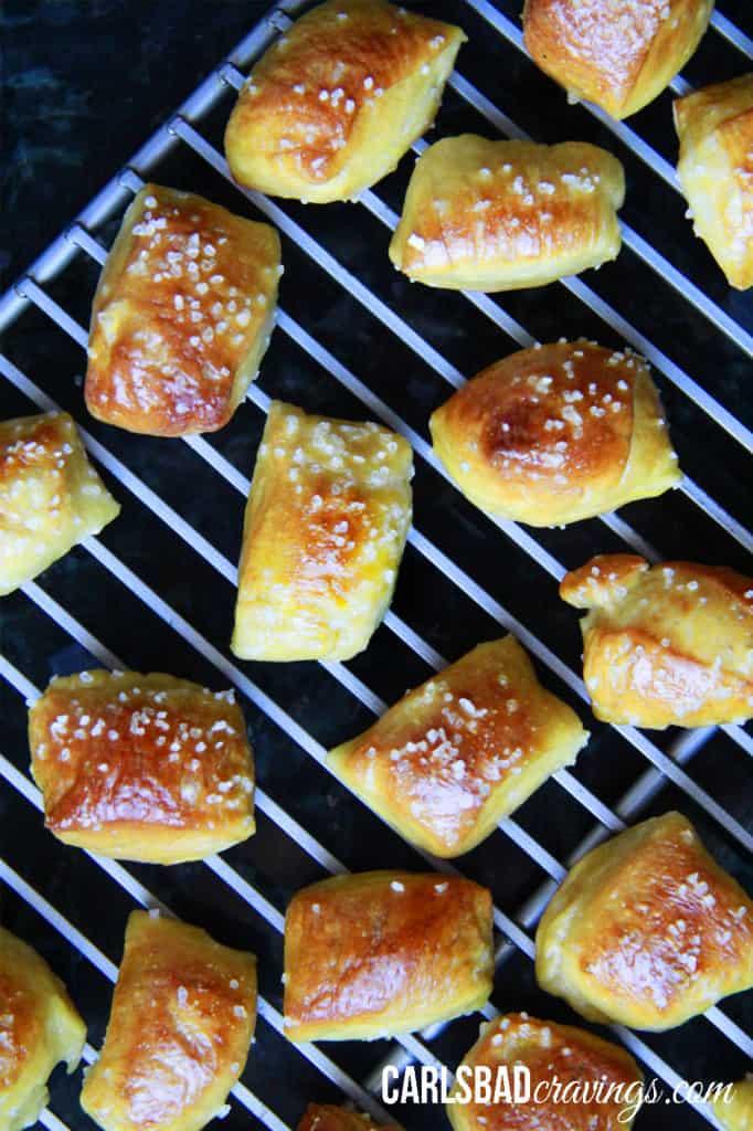 pretzel-bites-with-Cheesy-Jalepeno-Ranch-Dip---15