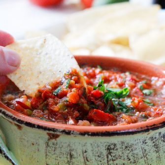 Homemade Salsa Recipe (5 Minutes!)