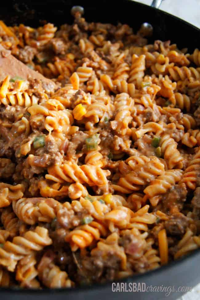 Beefy-Buffalo-Mac-and-Cheese1