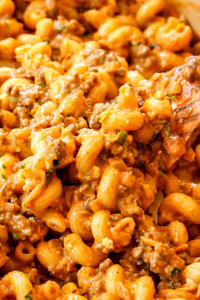 up close of the best buffalo mac and cheese recipe
