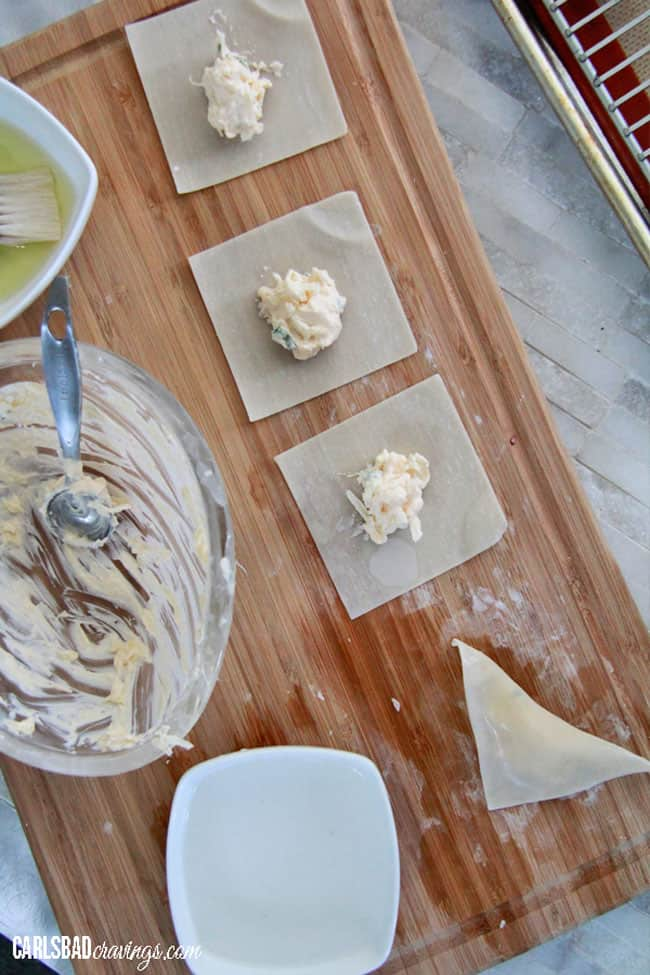 Pineapple-Coconut-Cream-Cheese-Wontons8