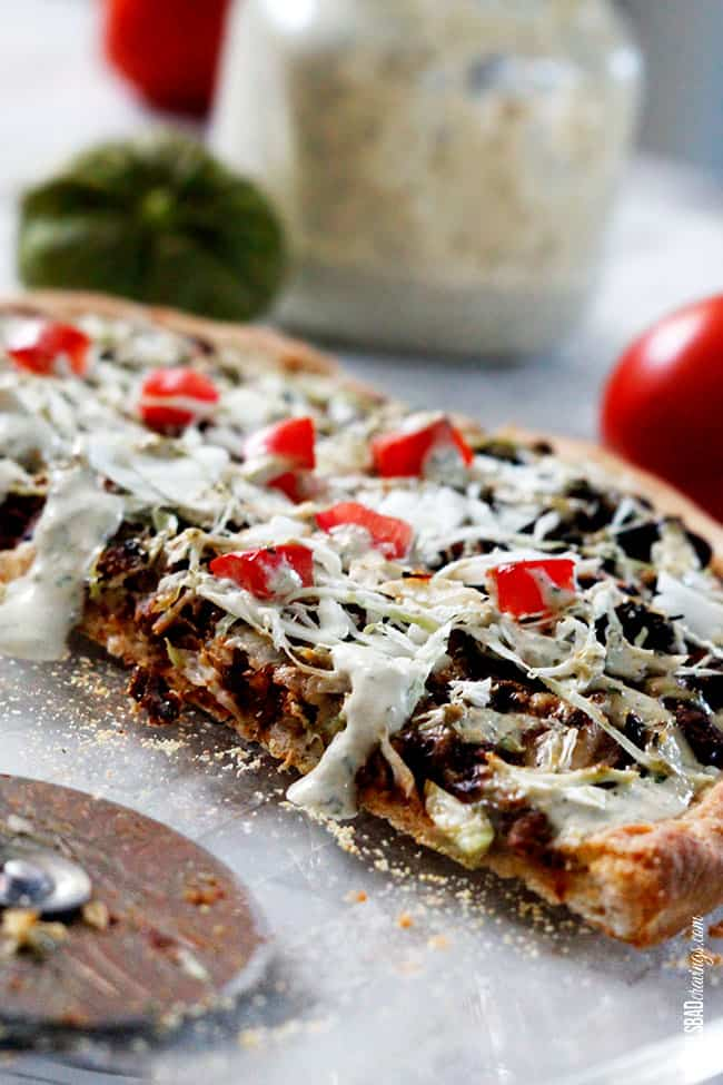 Sweet-Pulled-Pork-Pizza-with-Tomatillo-Avocado-Ranch-Dressing8-2