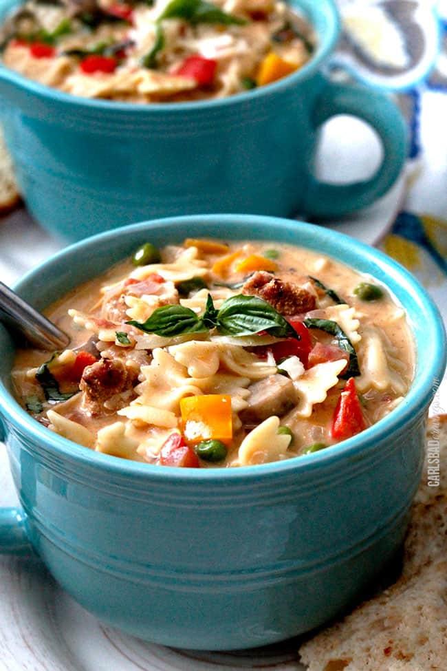 Creamy-Cajun-Chicken-Pasta-Soup2-1