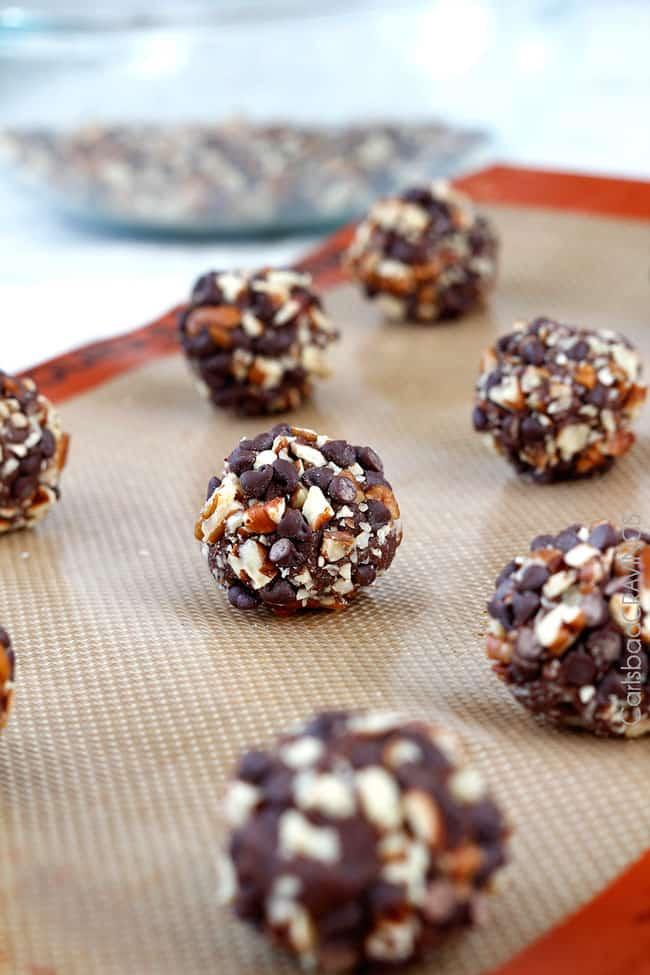 Triple-Chocolate-Turtle-Cookies3