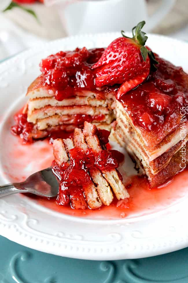 Strawberry-Cheesecake-Pancakes2