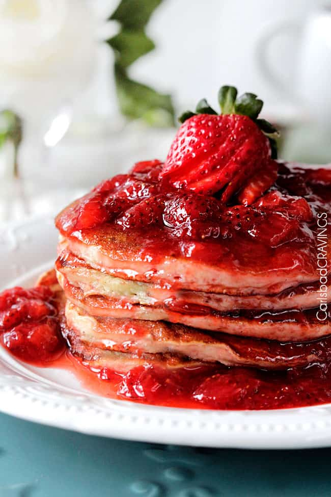 Strawberry-Cheesecake-Pancakes4