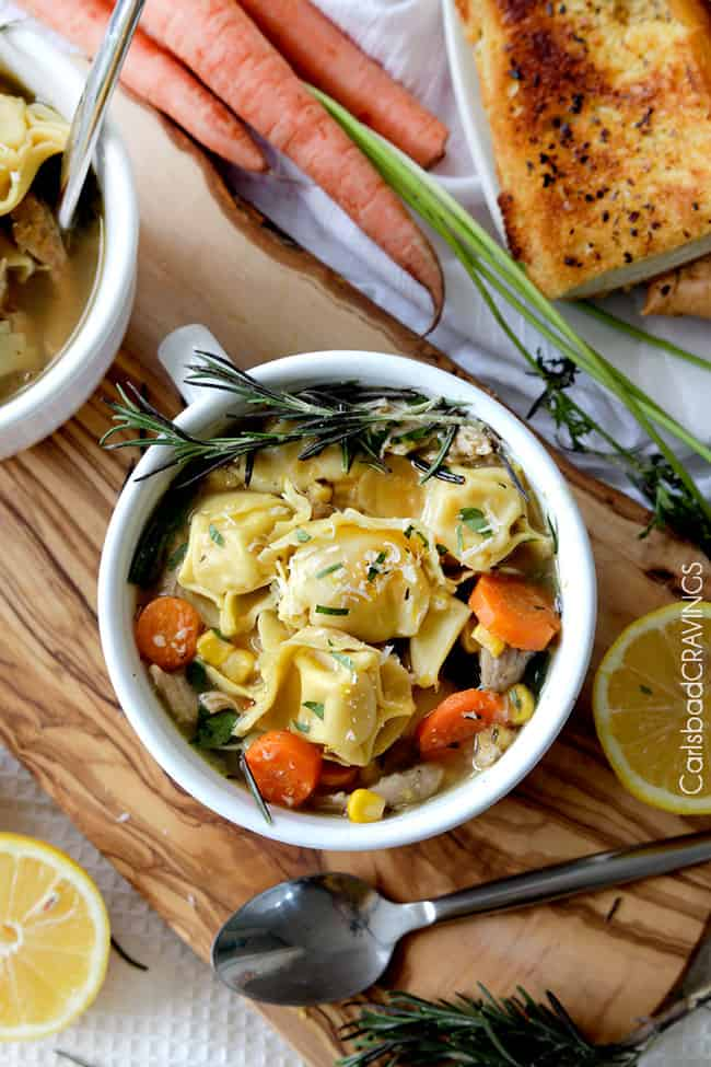30 Minute, One Pot Lemon Chicken Tortellini Soup bursting with pillows of cheesy tortellini, tender chicken, and vegetables kissed with bright, refreshing lemon juice. the best lemon soup and SO easy!!