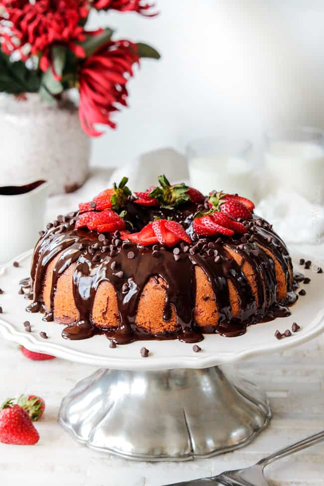 Cake With Chocolate Ganache And Strawberry Filling : Chocolate Covered Fresh Strawberry Pound Cake