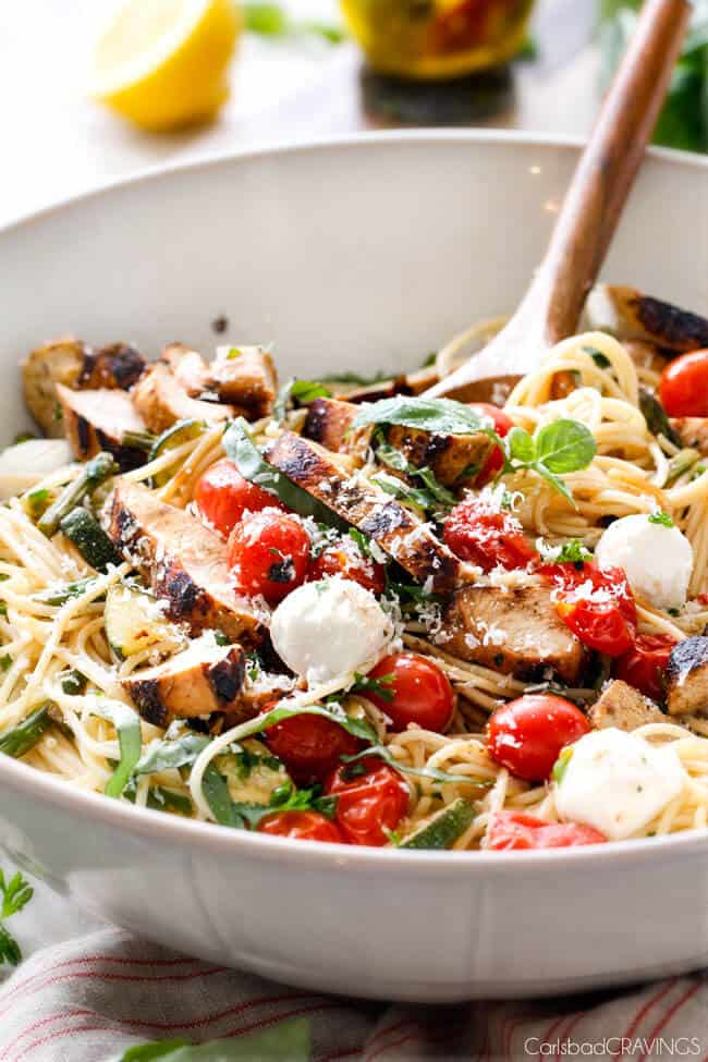 Caprese Chicken Pasta - this is my new favorite! the balsamic chicken ...