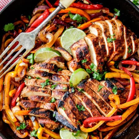 Chicken Fajitas With Chipotle Lime Crema