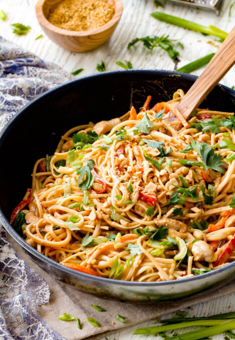 30 Minute Sesame Peanut Chicken Noodles - super quick and easy with the most amazing creamy peanut sesame sauce you will crave for days!
