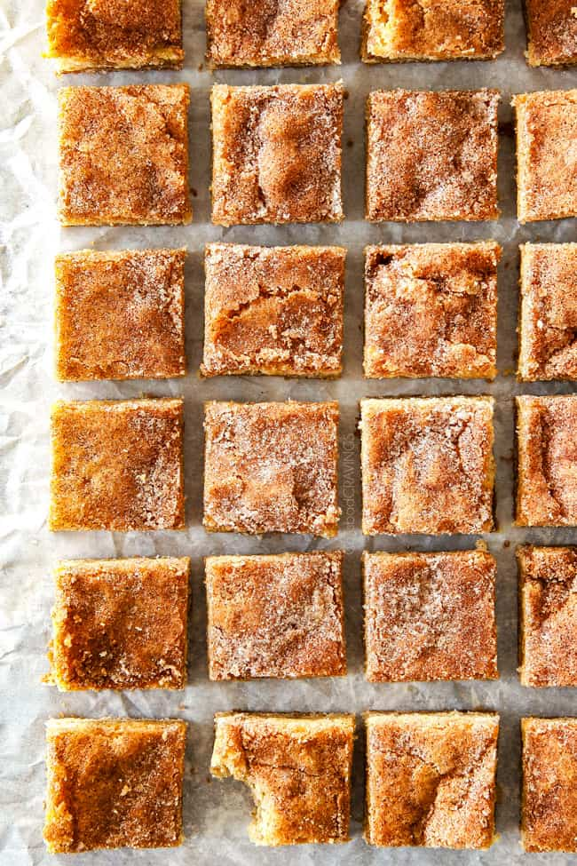 showing how to make thick snickerdoodle bars by chopping into squares