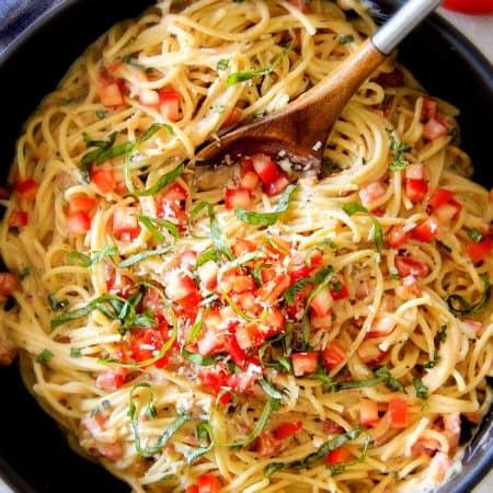 25 Minute Garlic Mozzarella Margherita Pasta (Lightened Up)