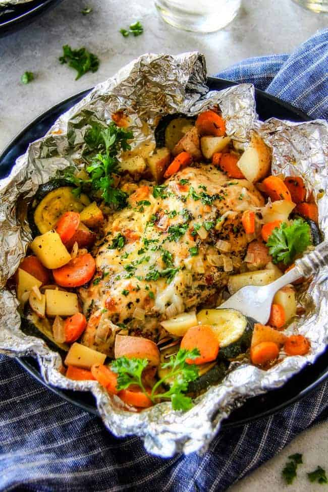 Baked Or Grilled Italian Mozzarella Chicken Foil Packets With Veggies