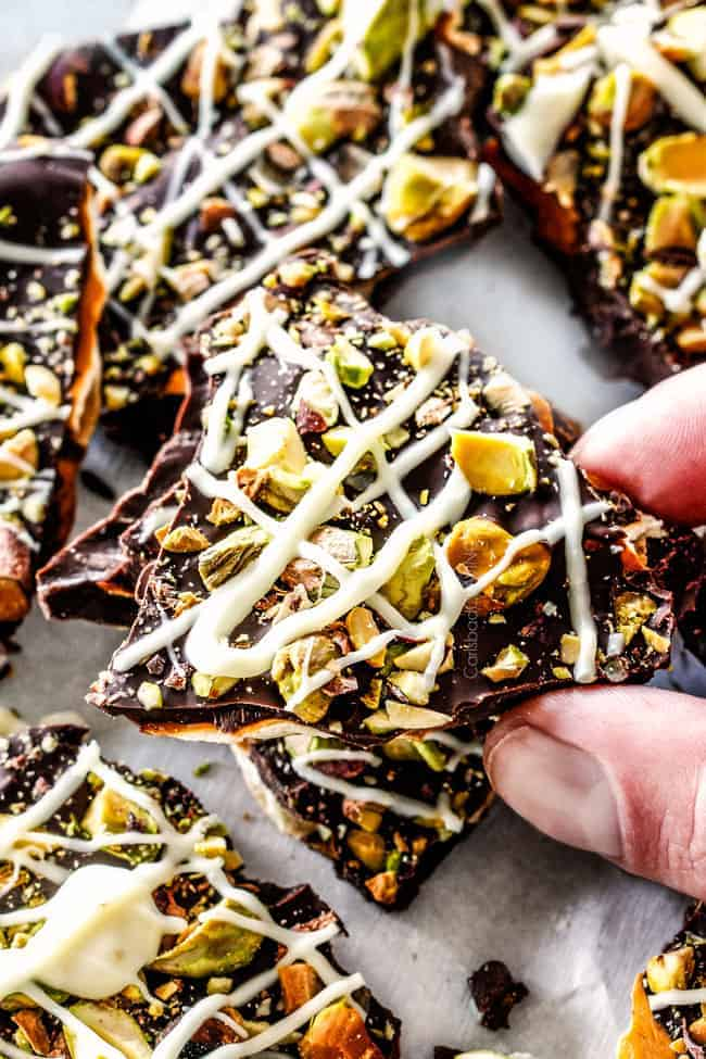 Ridiculously EASY Pistachio Chocolate Pretzel Bark is the best pretzel bark recipe I have ever made - perfect for holiday gifts! It's easy, stress free, make ahead and everyone looooooves it!