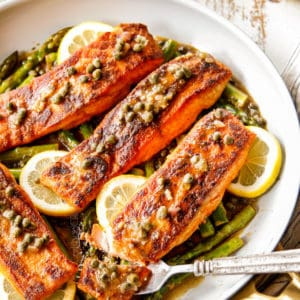 Salmon and Asparagus in Piccata Sauce