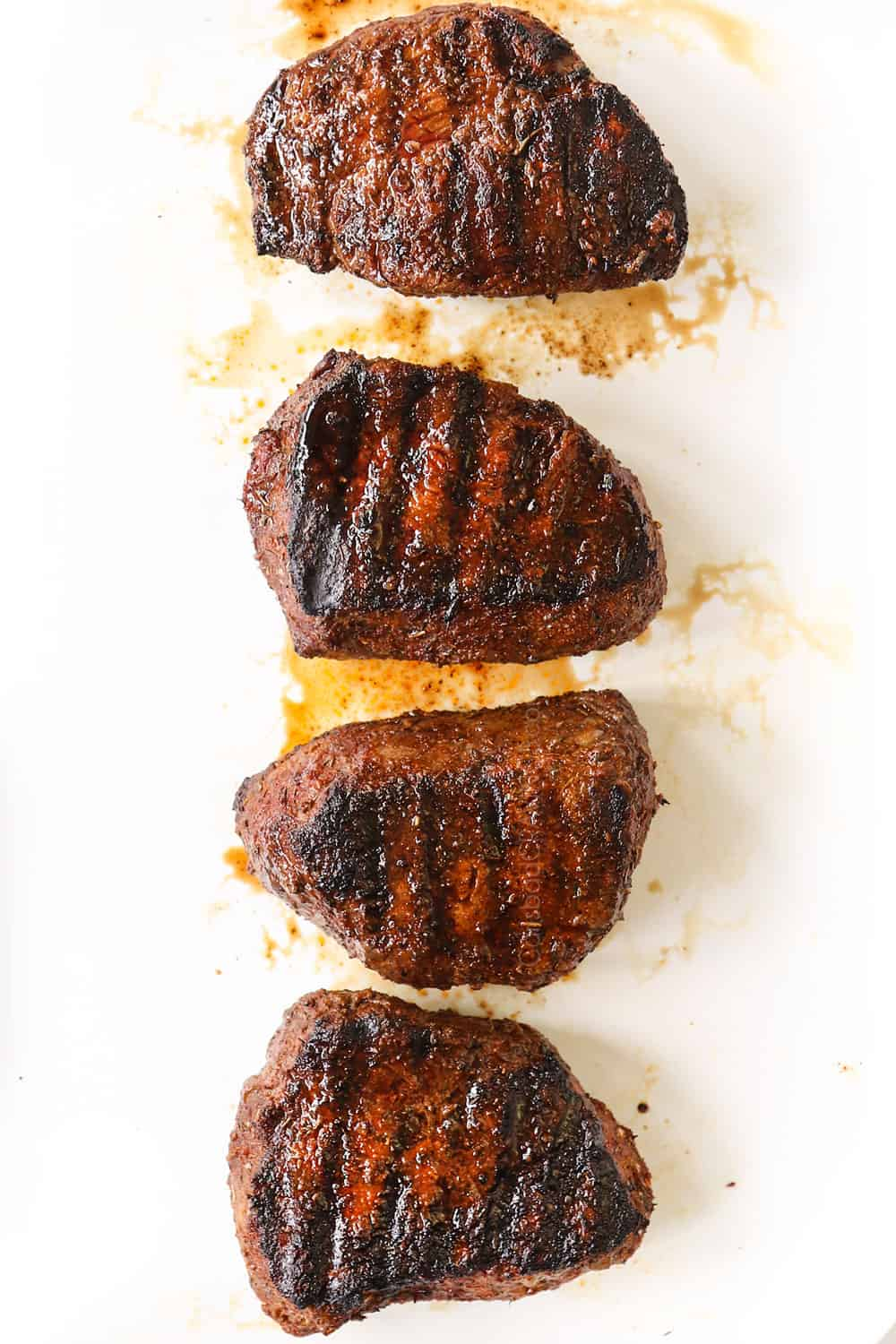 showing how to grill steak by letting sirloin steak rest